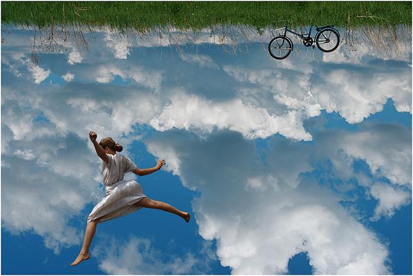 я долго буду гнать велосипед...