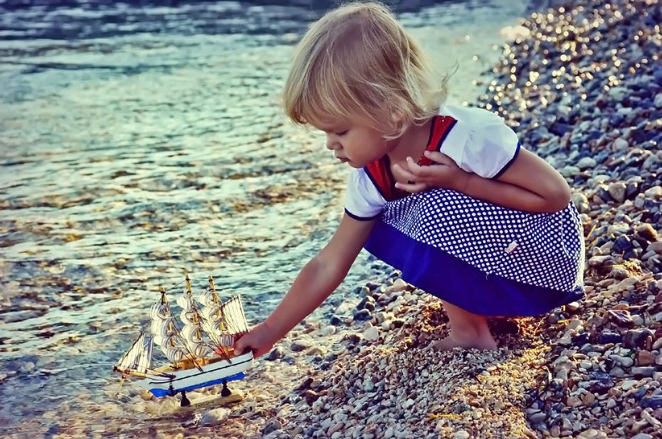 Маленькая принцесса  Ди и парусник мечты...