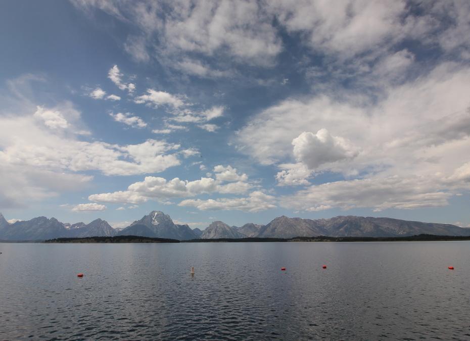 Медвежье озеро.  США
