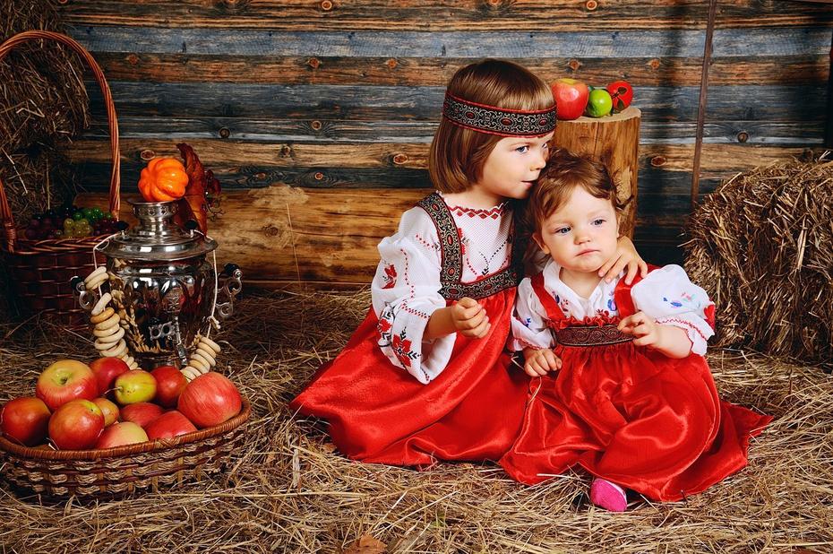 Ева и Настя